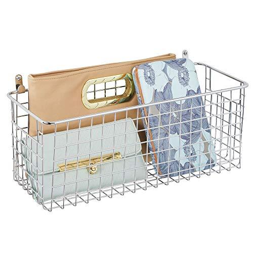 mDesign Estante de pared de metal – Estantería de rejilla mediana para pasillo, dormitorio y otras habitaciones – Organizador de cartas, carteras, gafas de sol o accesorios de baño – plateado