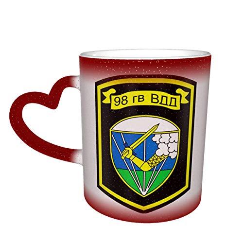 Taza mágica de café en forma de corazón con cambio de color de la 98.a división aerotransportada