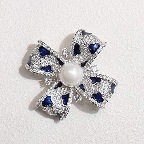 Yarmy Fine Temperament Blue Drop Oil Lucky Grass Broche Dames Corsage Accessoires Herfst en Winter Kerstcadeaus