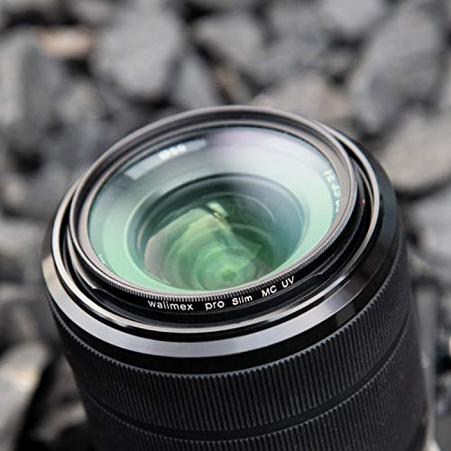 Panasonic H-FS45150EKA LUMIX G Vario Telezoom 45-150 mm F4.0-5.6 ASPH. Objektiv (90-300 mm KB, O.I.S. Bildstabiliator) schwarz & Walimex Pro UV-Filter Slim MC 52 mm (inkl. Schutzhülle)