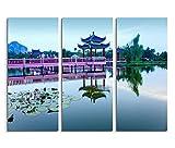 Augenblicke Wandbilder 3x40x90cm (Gesamt:130x90cm) 3teiliges Bild auf Leinwand Malaysia Pavillon Wasser Brücke Seerosen Wandbild auf Leinwand als Panorama