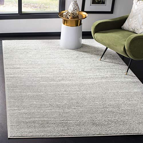 Safavieh Adirondack Collection ADR113C Modern Ombre Area Rug, 4' x 6', Light Grey/Grey