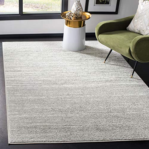 Safavieh Adirondack Collection ADR113C Modern Ombre Area Rug, 4' x 6', Light Grey/Grey