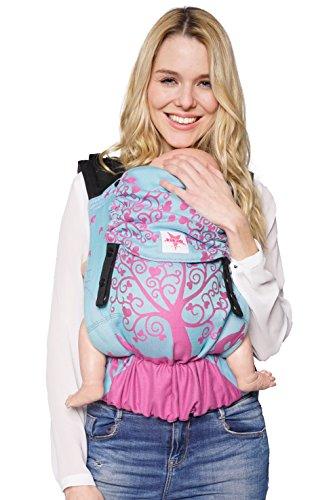 Babytrage: KOKADI® Flip Erna im Wunderland (Toddler) ✓ Kleinkinder ✓ Ergonomisch ✓ Steg verstellbar ✓ Bio-Baumwolle ✓ 7-20kg ✓ GRATIS Beutel