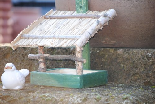 Vogelhaus zum Hängen aus Holz mit Strohdach,M.660 - 2