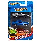 Hot Wheels Coffret 3 véhicules, jouet pour enfant de petites voitures miniatures, modèle aléatoire, K5904