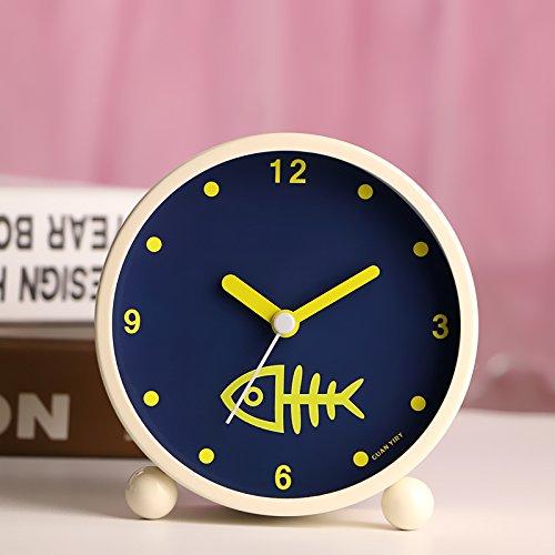 Nacht Stille Wecker Kreative Einfache Schöne Nachtlicht Kinder Student Schlafzimmer Kleine Wecker Digitale Cartoon Uhr, Fishbone