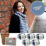 MyOma Strickset Schal -DIY Fransenschal Eiskristall- Strickpackung Blau-Mix: 5X Merinowolle