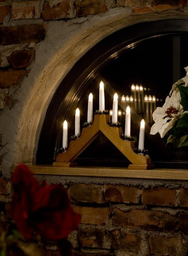 Konstsmide Christmas Lights/Traditional Welcome Light/Oak Stained Wood/Indoor Use (IP20)/230V Indoor/7 Candles with Clear Bulbs/White Cable with On Off Switch