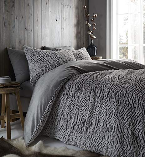 Catherine Lansfield Wolf Super King Duvet Set Neutral