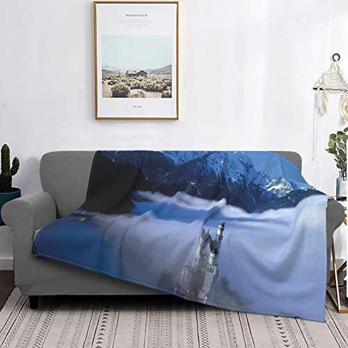 Personalizado Lana Manta,Castillo de Neuschwanstein en Niebla Blanca y montaña Nevada,Sala/Cuarto/Sofá Cama Franela Edredón Manta de Tiro,80' X 60'