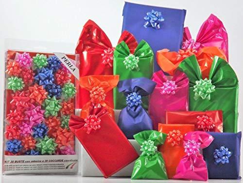 Kit Small Perla Forte - Juego de paquetes para regalo formado por 30sobres de polipropileno de colores surtidos con cierre adhesivo y 30rosetas a juego.