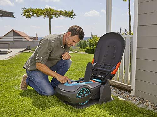 Gardena Garage für Mähroboter: Garage für Rasenmäher, optimaler Sonnen- und Regenschutz für Rasenroboter und Ladestation (15020-20) - 8