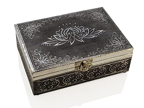 Joyero de madera con relieve de aluminio para joyas y piezas pequeñas con flor de loto.