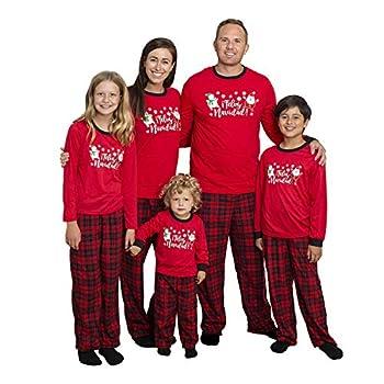 Men s 3 PC Fleece Pajama Sleep Set Feliz Navidad Family PJ Set with Slipper Socks - Small