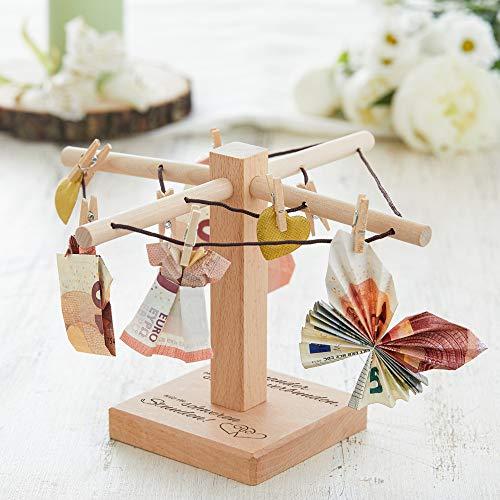 Casa Vivente – Wäsche-Spinne aus Holz mit Gravur zur Hochzeit – Bleibt einander stets verbunden – Motiv: Herzen – kreative Verpackung für Geldgeschenke – Hochzeitsgeschenke – Maße: 20 x 12 cm - 5