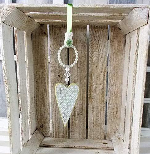 Fensterdeko, Hänger, Holz-Herz in grün mit Perlenring, Landhaus Stil, Türkranz