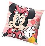 Kids Licensing | Cojin Infantil - Diseño Personaje Minnie - Personajes Disney - Cojín Ignífugo - Material: Polyester - Tacto Suave - Cojines Infantiles - Dimensiones: 40 x 40 cm - Licencia Oficial