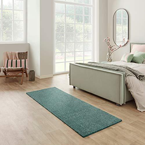 Carpet Studio Santa Fe Alfombra Pasillo 67x180cm, Alfombras para Dormitorio, Cocina & Pasillo, Fácil de Limpiar, Superficie Suave, Pelo Corto - Esmeralda / Verde