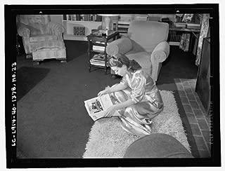 HistoricalFindings Photo: Lana Turner Sitting,Floor Reading,Magazine,Beverly Hills,CA,E Thiesen,1940