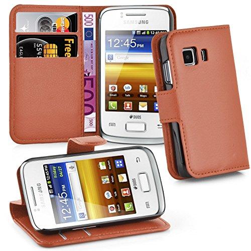 Cadorabo Hülle für Samsung Galaxy Young 2 - Hülle in Schoko BRAUN – Handyhülle mit Kartenfach und Standfunktion - Case Cover Schutzhülle Etui Tasche Book Klapp Style