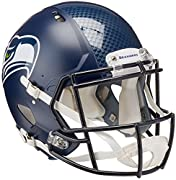 Great for autographs and collectors New distinctive, aggressive shell design Includes a large size shell, quarterback/running back facemask, internal padding and a 4-point chinstrap Riddell is the official helmet of the NFL; Official team colors and ...