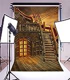 YongFoto 1x1,5m Vinyle Toile de Fond Statek Piracki Fantasy Pirate Bateau Sea West Evening Rudder Escalier En Bois Fond Décors Studio Photo Banner Enfant Video Fete Photobooth Photographie Accesorios