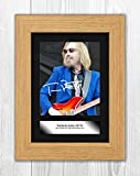 Engravia Digital Tom Petty (4) Poster Signed Mounted Autograph Reproduction Photo A4 Print(Oak Frame)