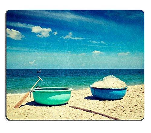 luxlady Naturkautschuk Gaming Mousepads Vintage Retro Hipster Style Travel Bild der Fischerei Coracle Boote am Strand mit Grunge Textur überlagert MUI NE Vietnam Bild-ID 27848647