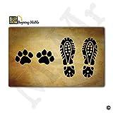 MsMr - Felpudo de entrada para hombre y perro, diseño de pies de perro, para exteriores, interiores, de goma, parte superior de tela no tejida, 45,7 x 76,2 cm