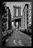 Poster The Manhattan Bridge von Dumbo Brooklyn