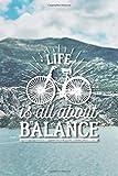 Balance: Notizbuch oder Tagebuch für Radfahrer und Fahrradfans