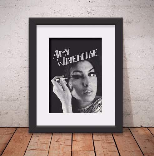 Quadro Decorativo Amy Winehouse 46x56cm Paspatur & Vidro Anti-Reflexo D004