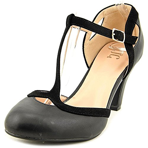 Journee Collection Womens T-Strap Round Toe Mary Jane Pumps Black, 7 Wide Width US