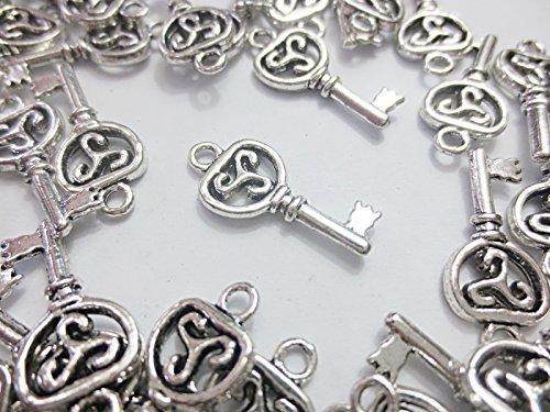 50個 鍵 チャーム パーツ キーパーツ シルバー 銀古美 21mm ペンダントトップ 手芸材料のヒューイ h903