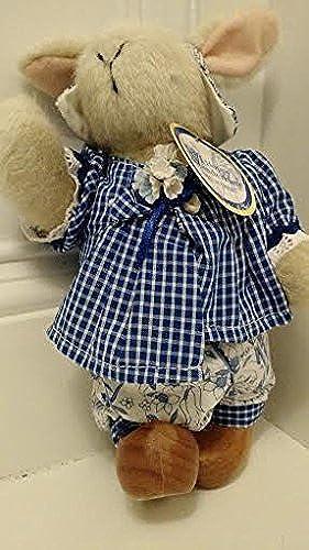 Hoppy Vanderhare Dutch Treat Dressed (Muffy Vanderbear) by North American Bear