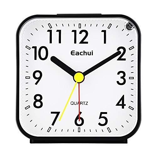 Eachui Analog Wecker Klein mit Lauter Alarm, Nachtlicht, Schlummerfunktion, Ohne Ticken, geräuschlos, Batteriebetrieben, Einfache Bedienung (Schwarz&weiß)