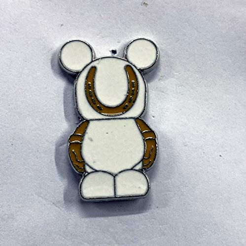 LUCKY HORSE SHOE FORTUNE COOKIE (83569-2011) from the Vinylmation JR GOOD LUCK BAD LUCK #3 Mystery Pin PackAn official Theme Parks trading pin. The back of the pin has a silver-colored stamped box indicating the pin is fully tradeable at any Theme Park or Store from a cast member PN07