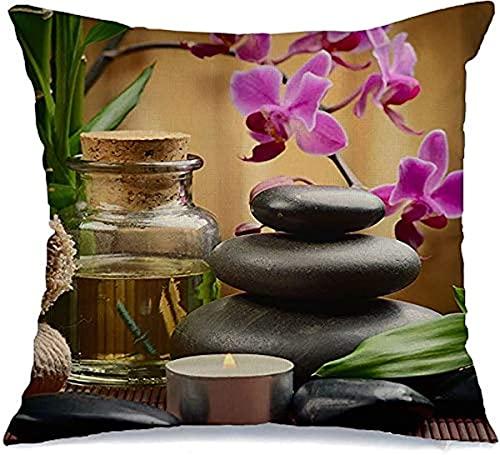 Funda de almohada decorativa de poliéster para aromaterapia, botella de basalto, piedras de basalto, terapia de bambú sobre madera, 45 x 45 cm