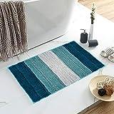 alfombra turquesa pequeña