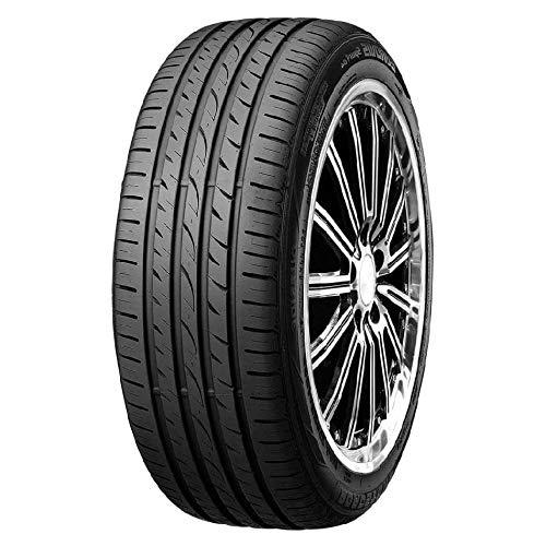 Pneumatici Roadstone Eurovis Sport 4 195/60 R15 88V Estivi