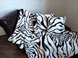Natur-Fell-Shop 3tlg. Set Kuscheldecke Tagesdecke Zebra 160x200cm + 2 Kissen 40x40cm