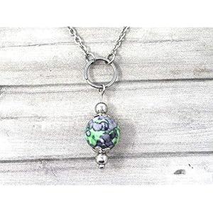 Chokerhalskette für Frauen aus Edelstahl mit Ringen und Jadeperlen, grün und schwarz getönt