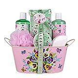 Set de baño y ducha Accentra BELLE & WHISTLE, set de belleza de 7 piezas, de regalo en una bañera vintage bellamente decorada