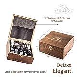 Deluxe Whisky Steine Geschenkset - Sei anders bei der Geschenkauswahl - Luxus Handgemachte Holzkiste mit 2 Whiskey Gläsern - 8 Granit Kühlsteine + Samtbeutel - Whisky Stones Gift Set - 5