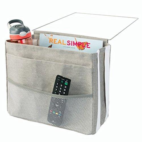 mDesign Bettablage zum Einhängen hellgrau – Hängeaufbewahrung für Mobiltelefon, Fernbedienung, Wasserflasche, Zeitschriften – Bett-Organizer für das Schlafzimmer – 3 Taschen