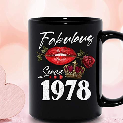 Fabuloso desde 1978 labios rosas reina nacida en 1978 celebración de cumpleaños feliz cumpleaños para mí taza de cerámica para mujer tazas de café gráficas tazas negras tapas de té novedad personaliza