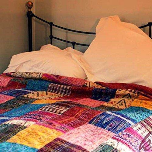 khushvin Colcha de seda vintage con diseño de patola de seda india, hecha a mano, manta bohemia, manta étnica, reversible, funda de cama bohemia