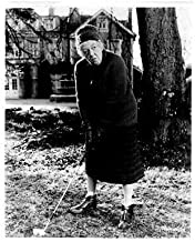 Margaret Rutherford as Miss Marple Original 8x10 Photo Full Length Playing Golf