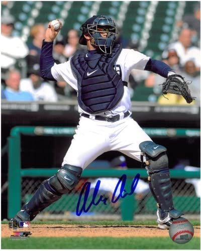 Award Alex Avila Autographed Detroit #3 8x10 Tigers Japan Maker New Photo